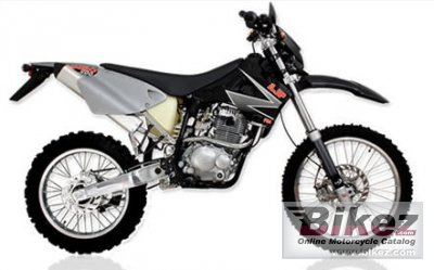 2007 AJP Pr4 200 Enduro photo