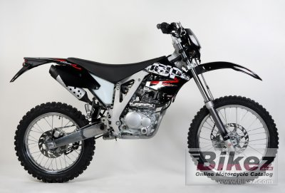 2010 AJP PR4 200 Enduro photo