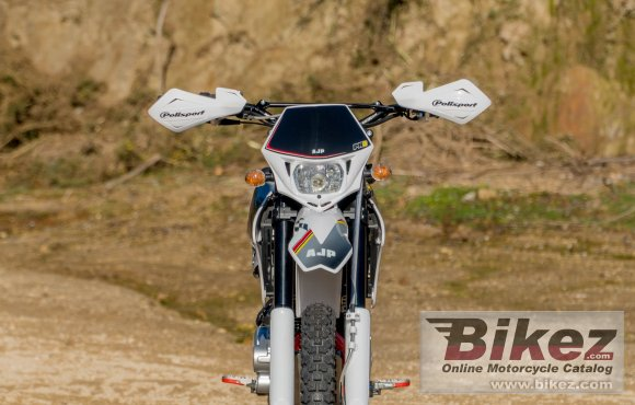 2020 AJP PR3 Enduro Pro 240