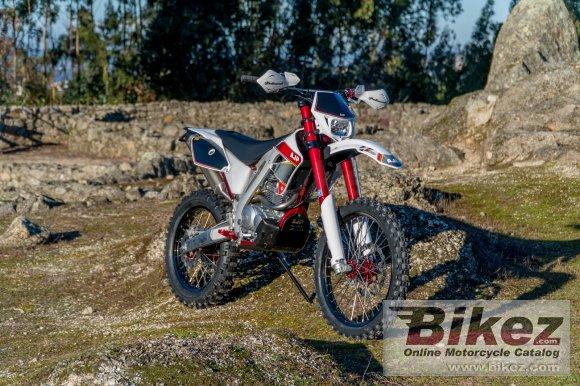 2020 AJP PR4 Extreme 240