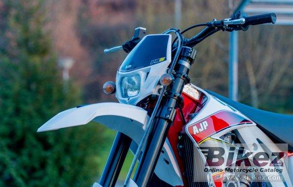 2020 AJP PR5 Supermoto 250