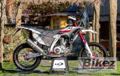 2020 AJP PR7 Adventure 650