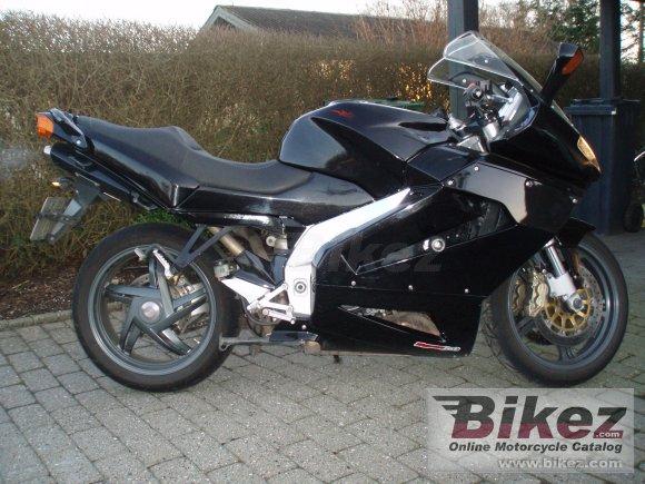 2004 Aprilia RST 1000 Futura