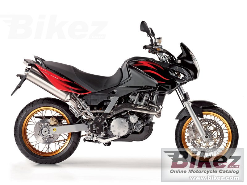Big Aprilia pegaso 650 factory picture and wallpaper from Bikez.com