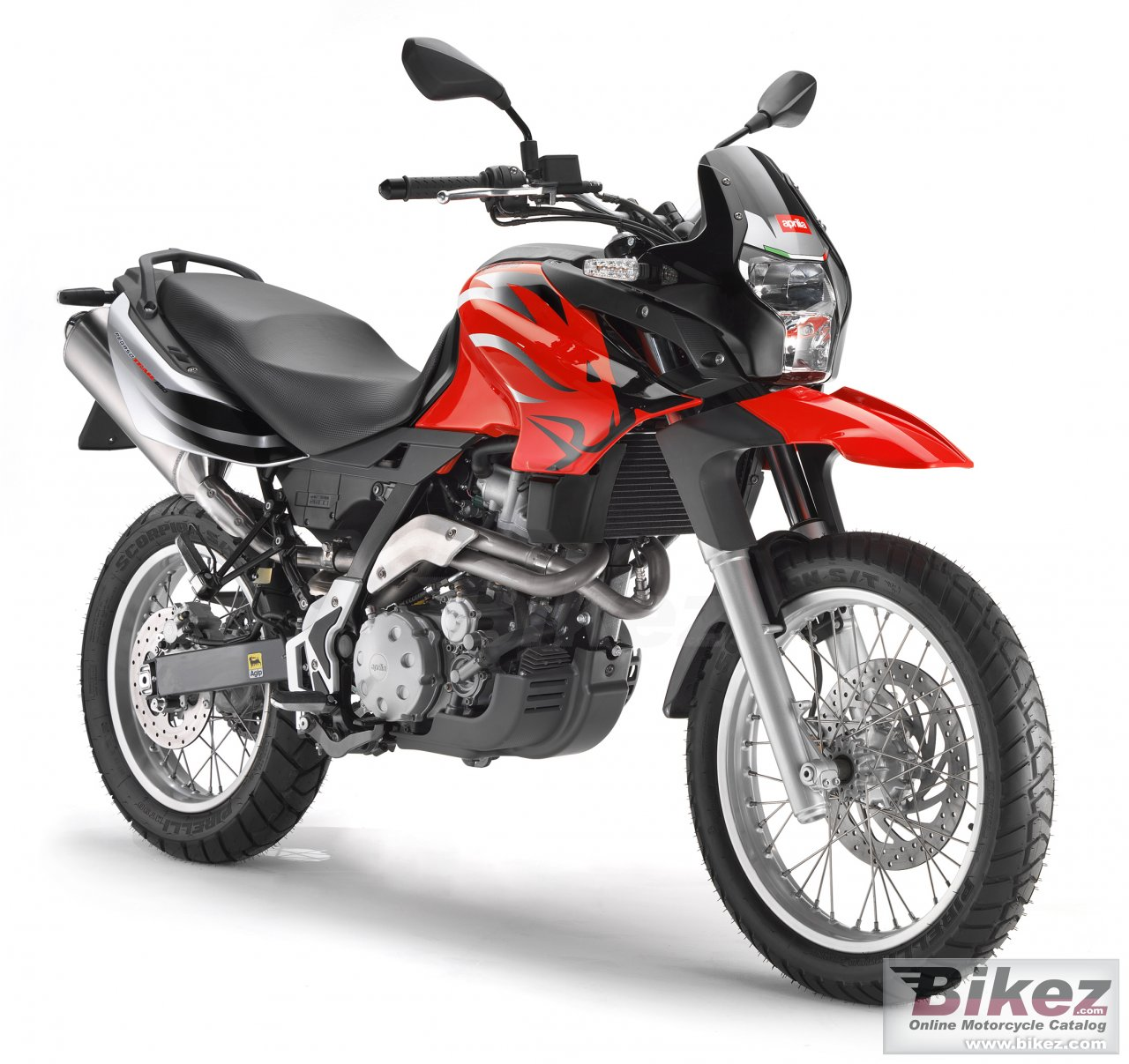 Big Aprilia pegaso 650 trail picture and wallpaper from Bikez.com