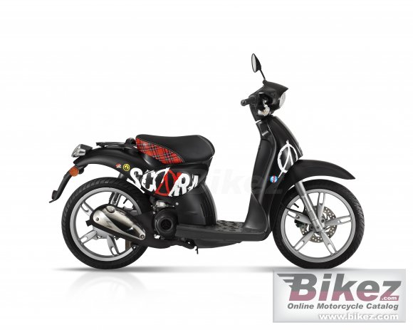 2011 Aprilia Scarabeo 50 Special Edition photo