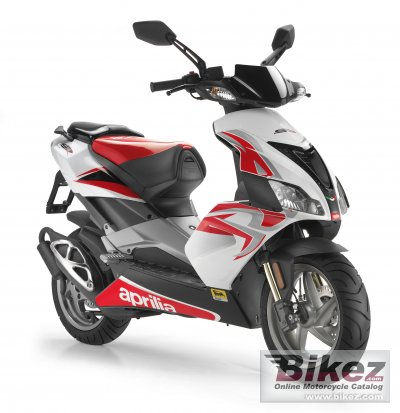 2011 aprilia sr 50 r factory specifications and pictures. Black Bedroom Furniture Sets. Home Design Ideas