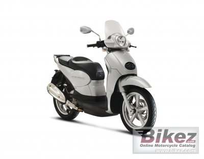 2012 Aprilia Scarabeo 200ie photo