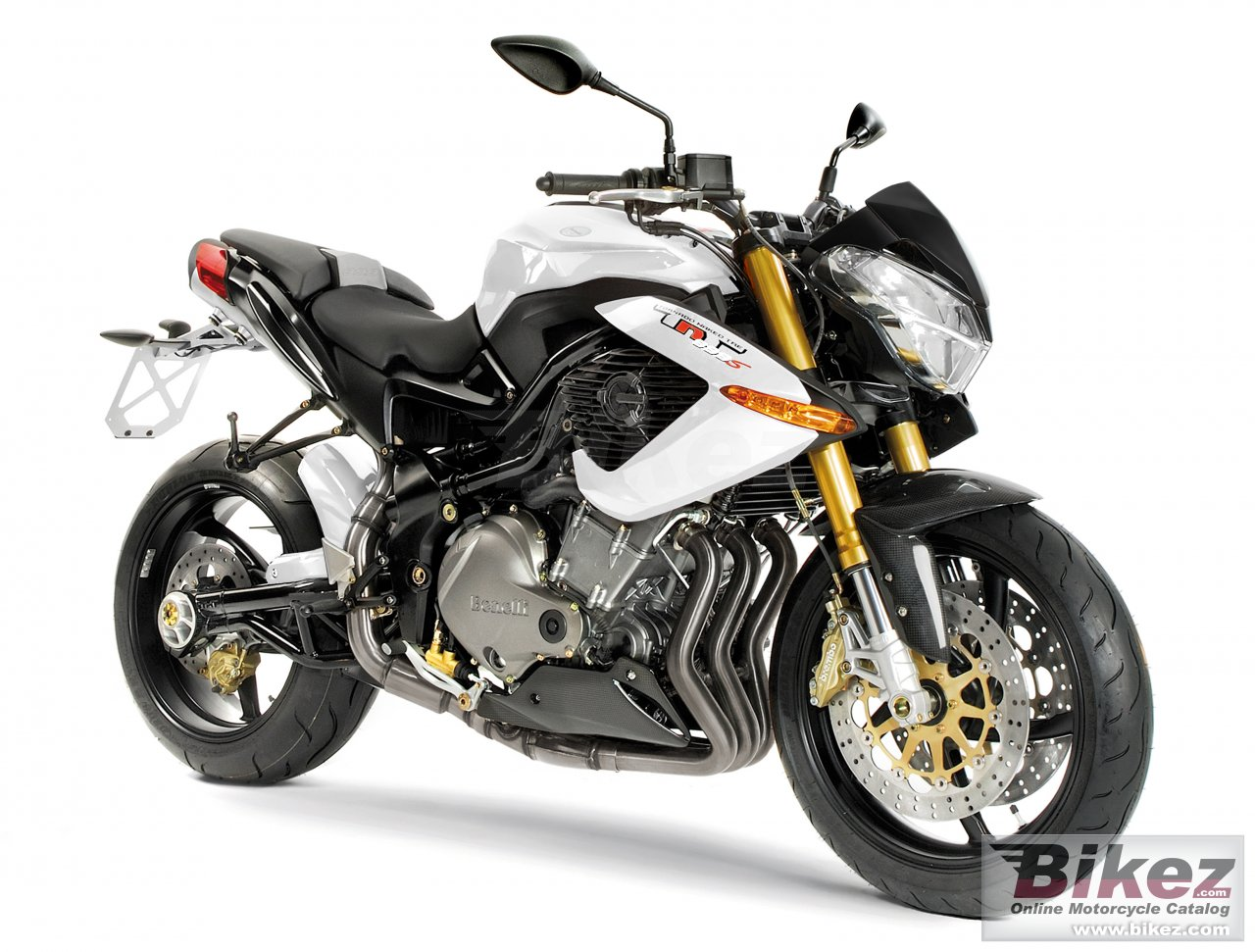 Big Benelli tnt 899s picture and wallpaper from Bikez.com