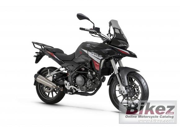 Benelli TRK 251