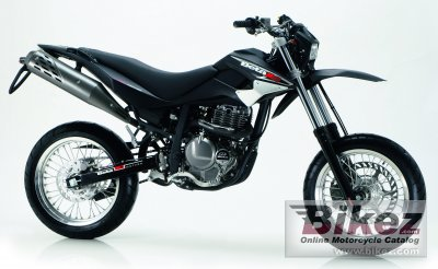 2006 Beta M4 4T Supermotard specifications and pictures