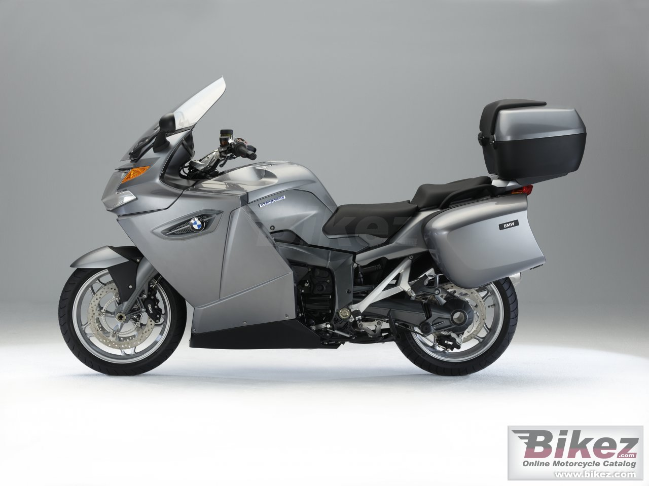 Big BMW k 1300 gt picture and wallpaper from Bikez.com