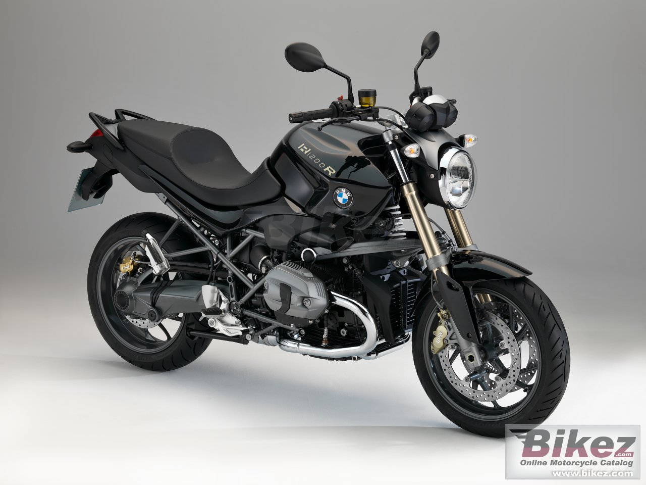 Big BMW r 1200 r picture and wallpaper from Bikez.com