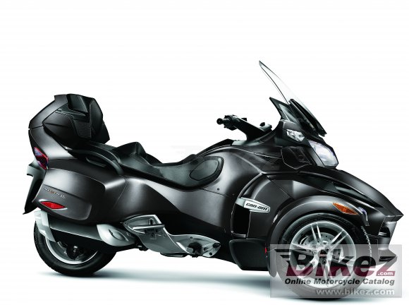 2011 Can-Am Spyder Roadster RT photo