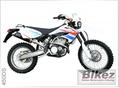2010 CCM 450 DS photo