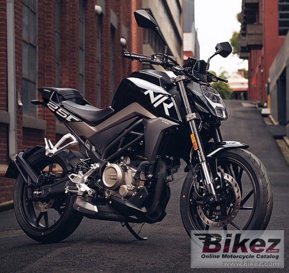 CF Moto 250NK