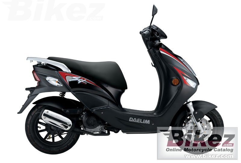 Big Daelim s4 50 picture and wallpaper from Bikez.com