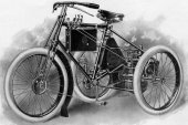 1899 De Dion-Bouton Tricycle