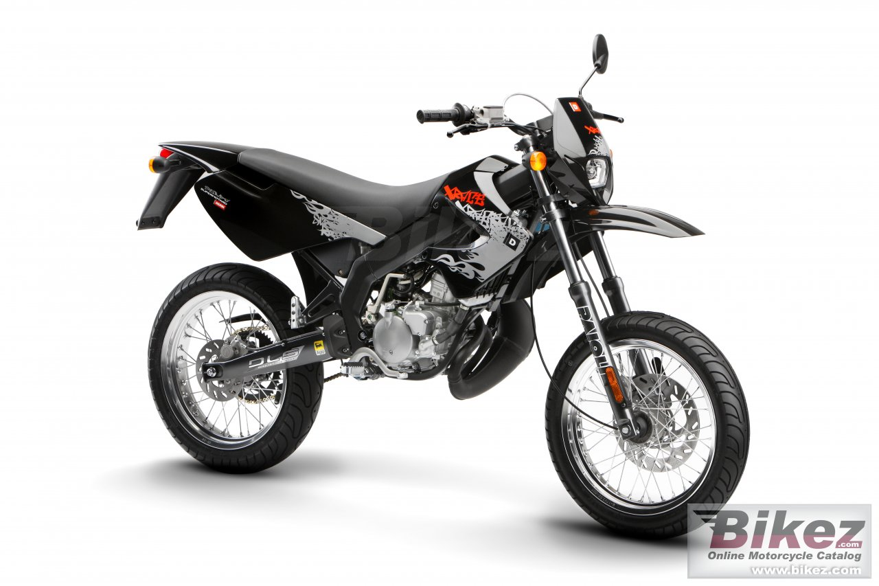 Big Derbi senda x-race 50 sm picture and wallpaper from Bikez.com