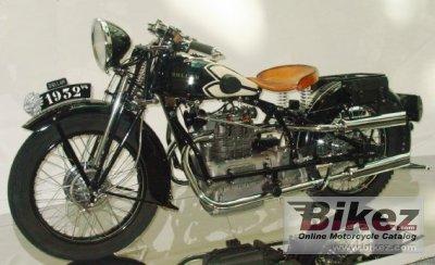 1932 Dollar 750 V4