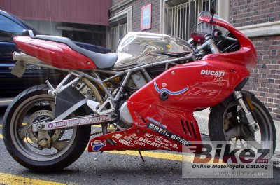 2001 Ducati 750 Supersport photo