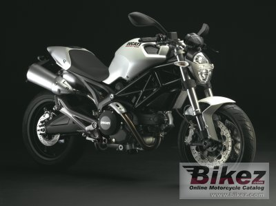 2009 Ducati Monster 696 specifications and pictures