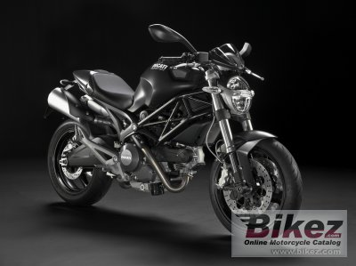 2010 Ducati Monster 696 photo