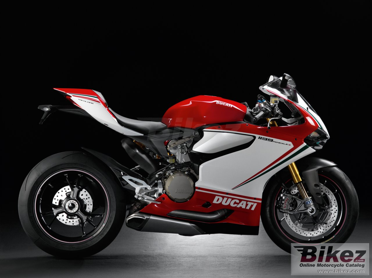 Big Ducati 1199 panigale s tricolore picture and wallpaper from Bikez.com