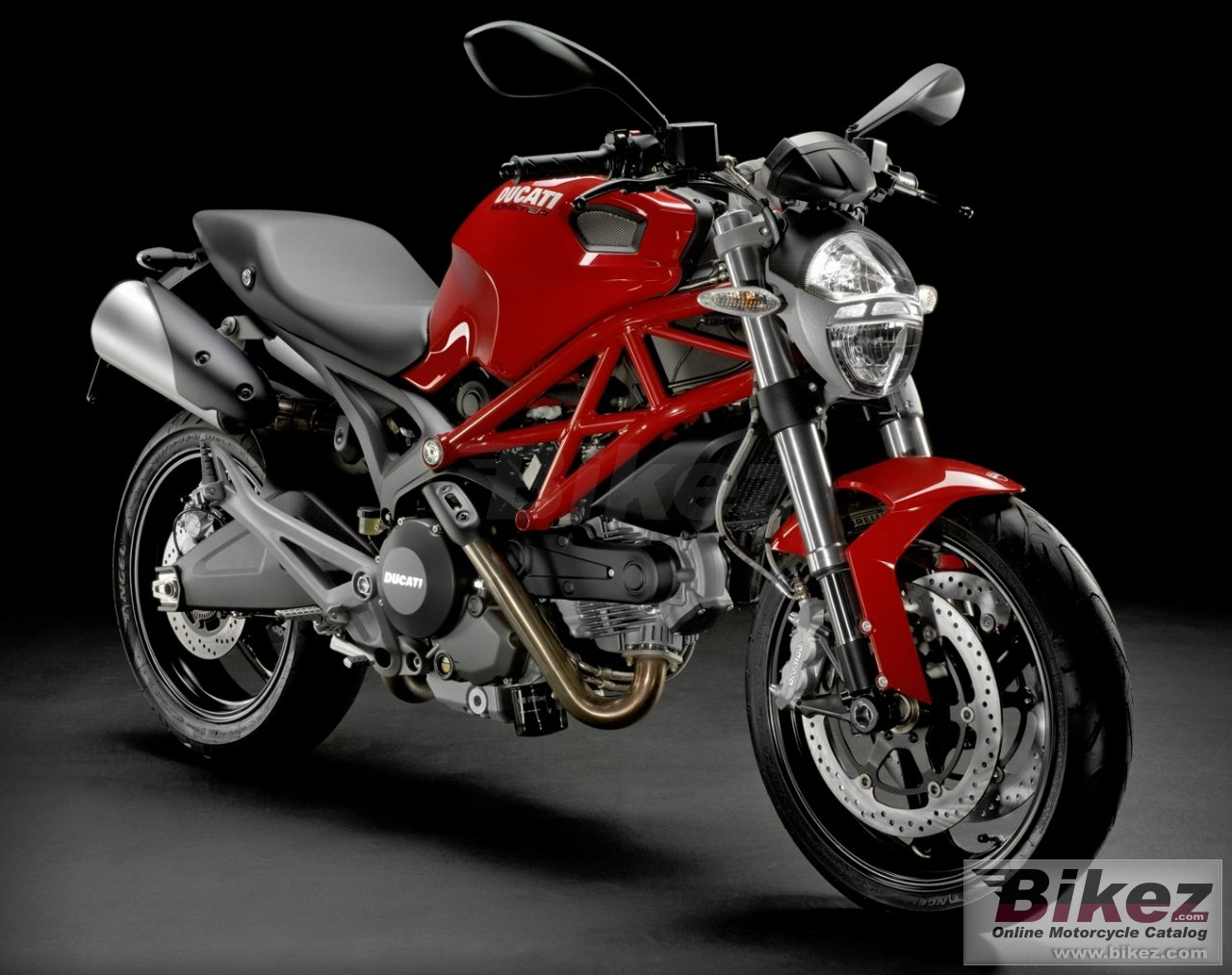 Big Ducati monster 795 picture and wallpaper from Bikez.com