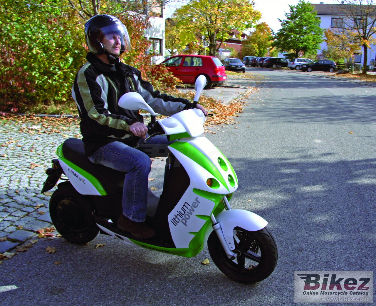 Big E-max 120l picture and wallpaper from Bikez.com