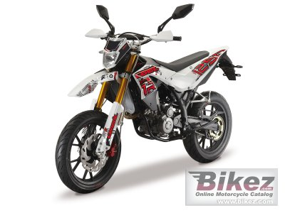 2012 Generic TR 125 SM specifications and pictures