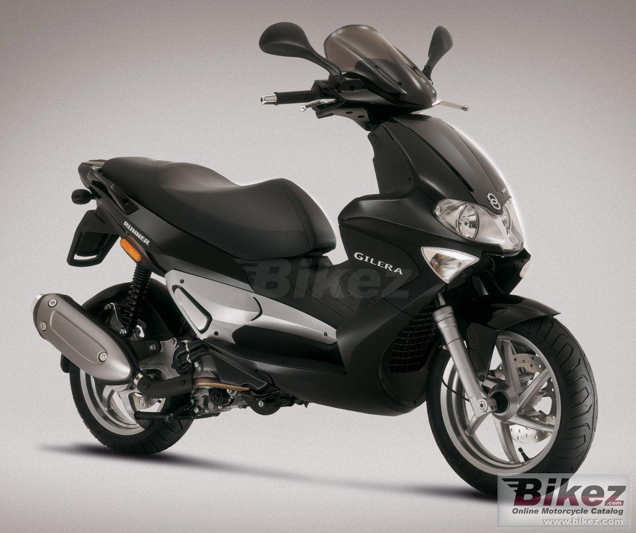 Big Gilera runner vxr 200 picture and wallpaper from Bikez.com