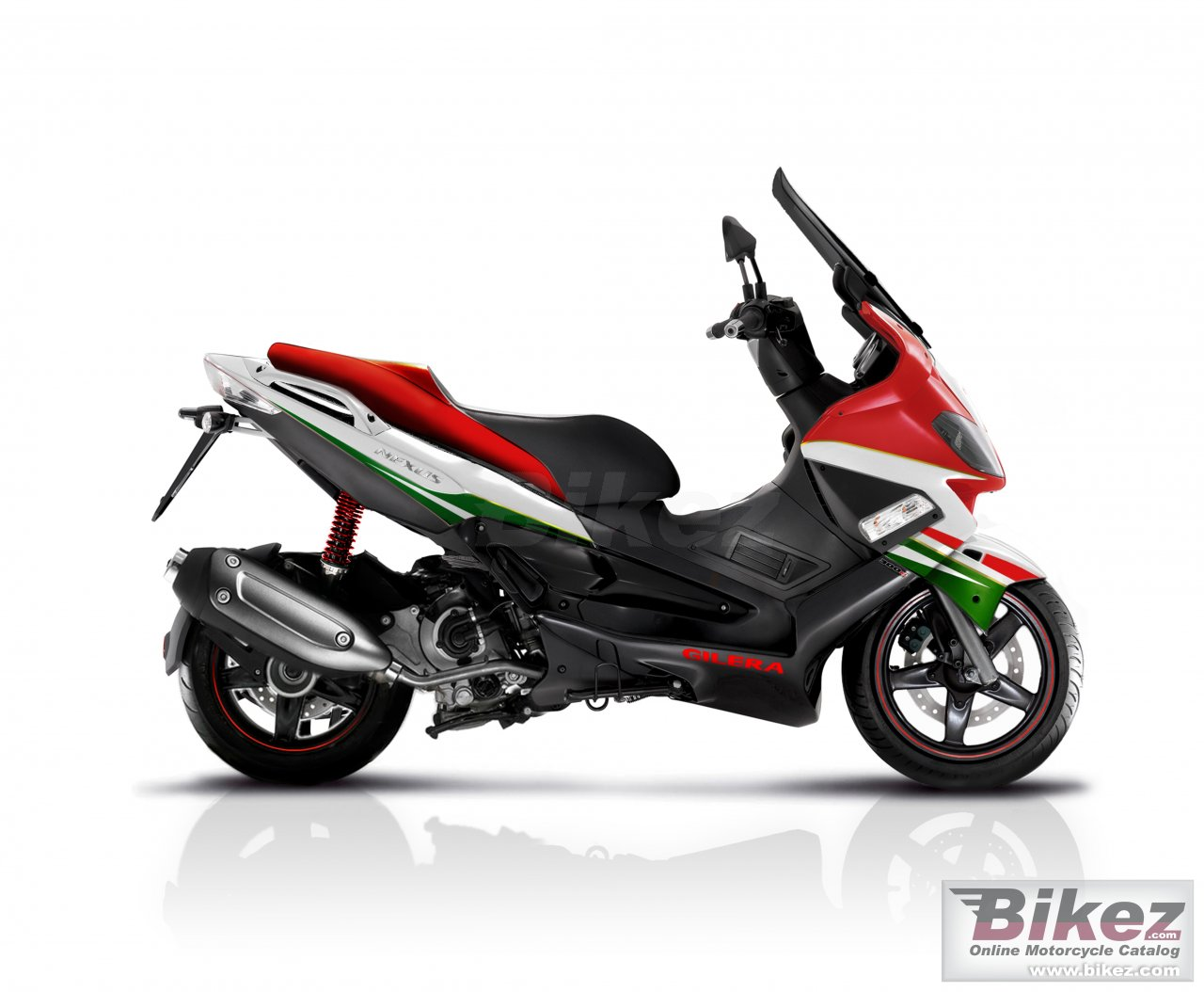 Big Gilera nexus 300 centenario picture and wallpaper from Bikez.com