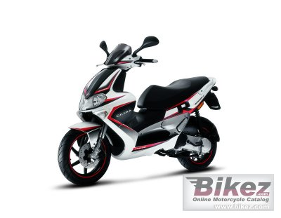 2010 Gilera Runner SP 50 photo