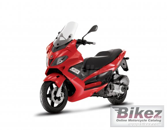 2010 Gilera Nexus 300 photo