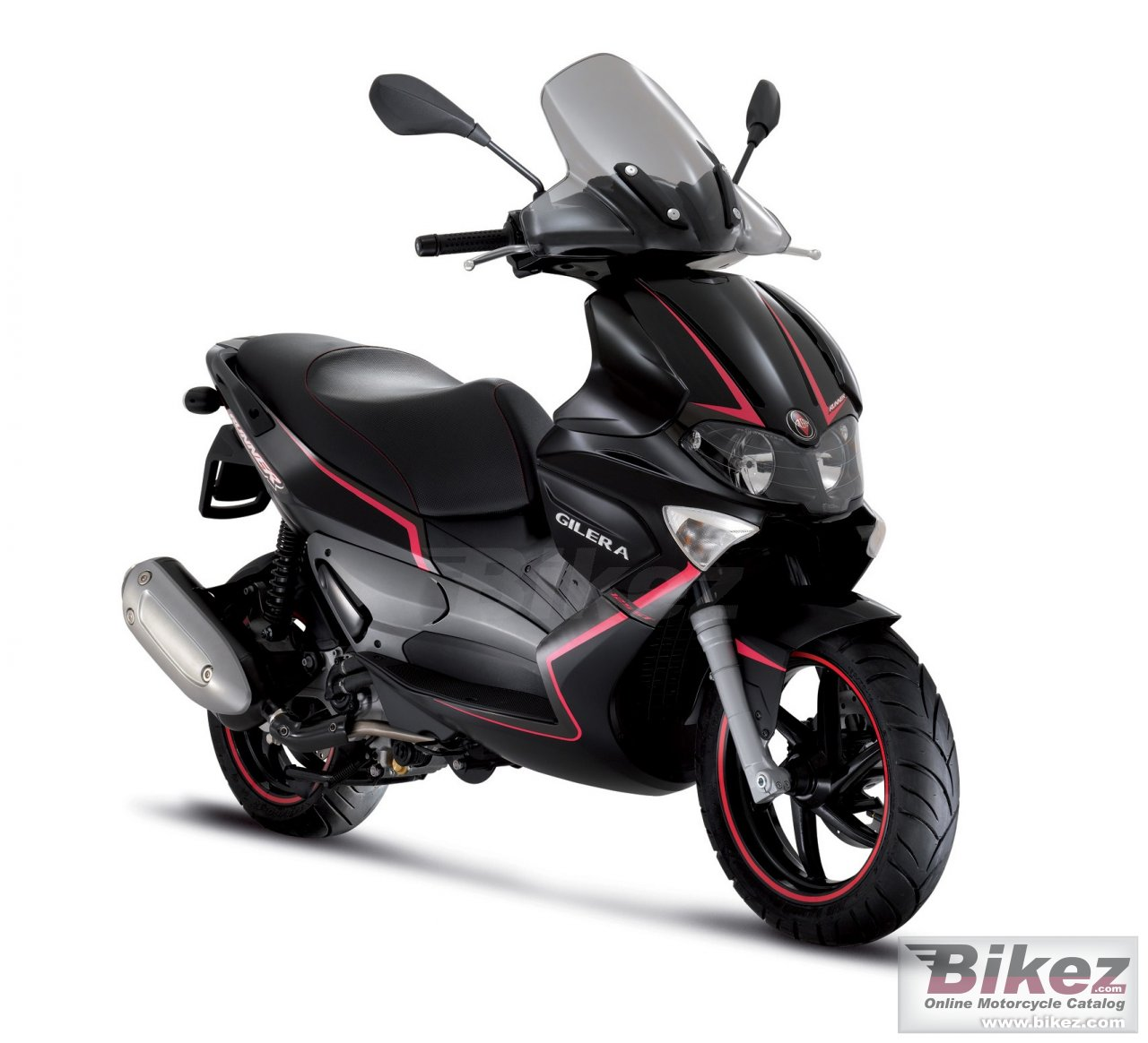 Big Gilera runner st 200 picture and wallpaper from Bikez.com