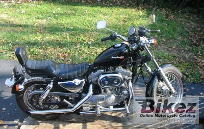1988 Harley-Davidson XLH Sportster 883 De Luxe photo