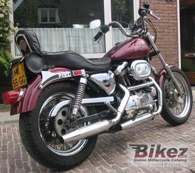 1989 Harley-Davidson XLH Sportster 883 De Luxe photo