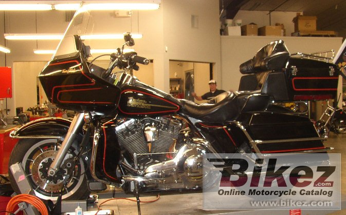 Big nymous user. 1340 electra glide ultra classic picture and wallpaper from Bikez.com