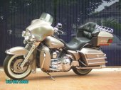 1990 Harley-Davidson Tour Glide Ultra Classic (reduced effect) photo