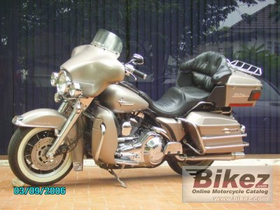 1990 Harley-Davidson Tour Glide Ultra Classic (reduced effect)