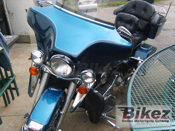 Harley-Davidson FLHTC 1340 Electra Glide Classic