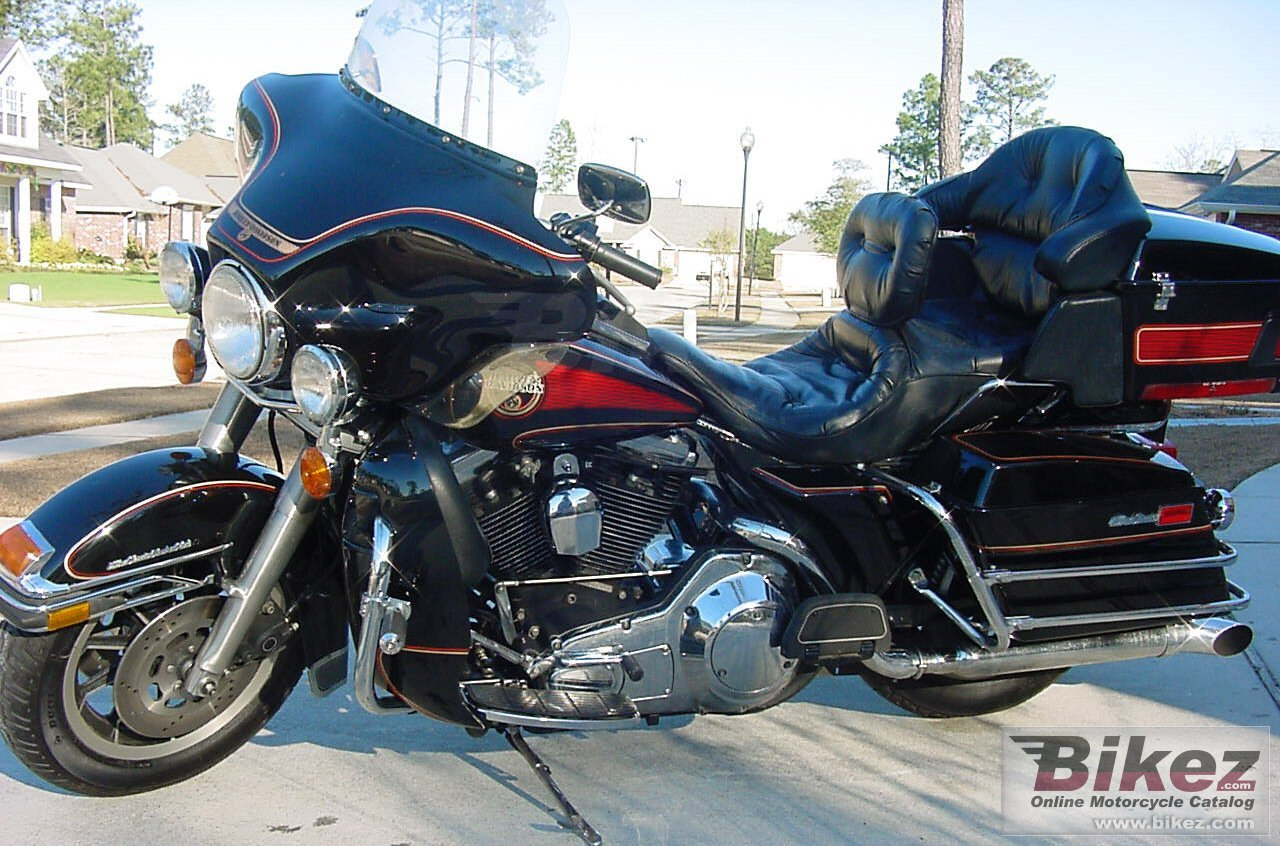 Big David Vaughn electra glide ultra classic picture and wallpaper from Bikez.com