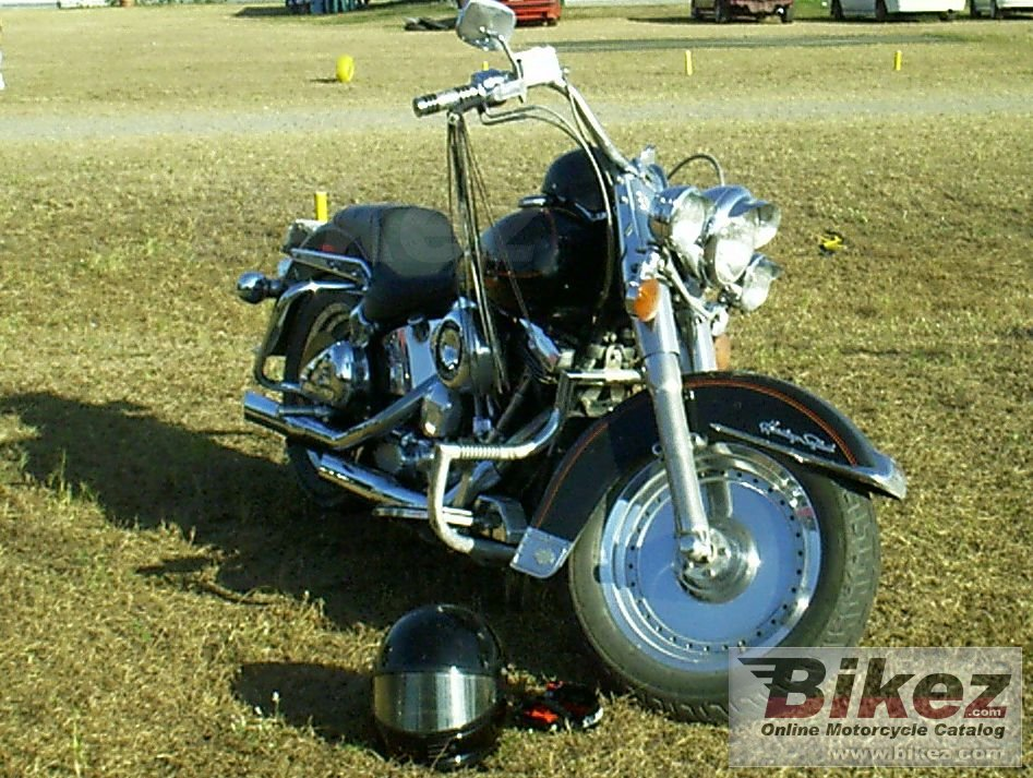 Big Dondon Beaty 1340 softail heritage custom picture and wallpaper from Bikez.com