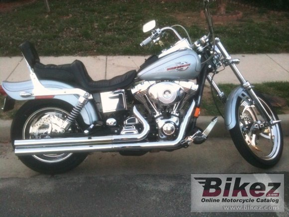 1999 Harley-Davidson FXDWG Dyna Wide Glide photo
