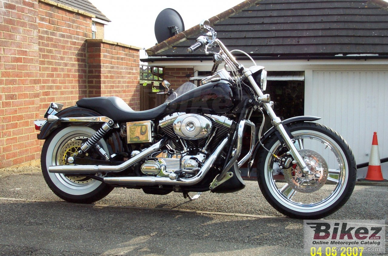 Big  fxdl dyna low rider picture and wallpaper from Bikez.com