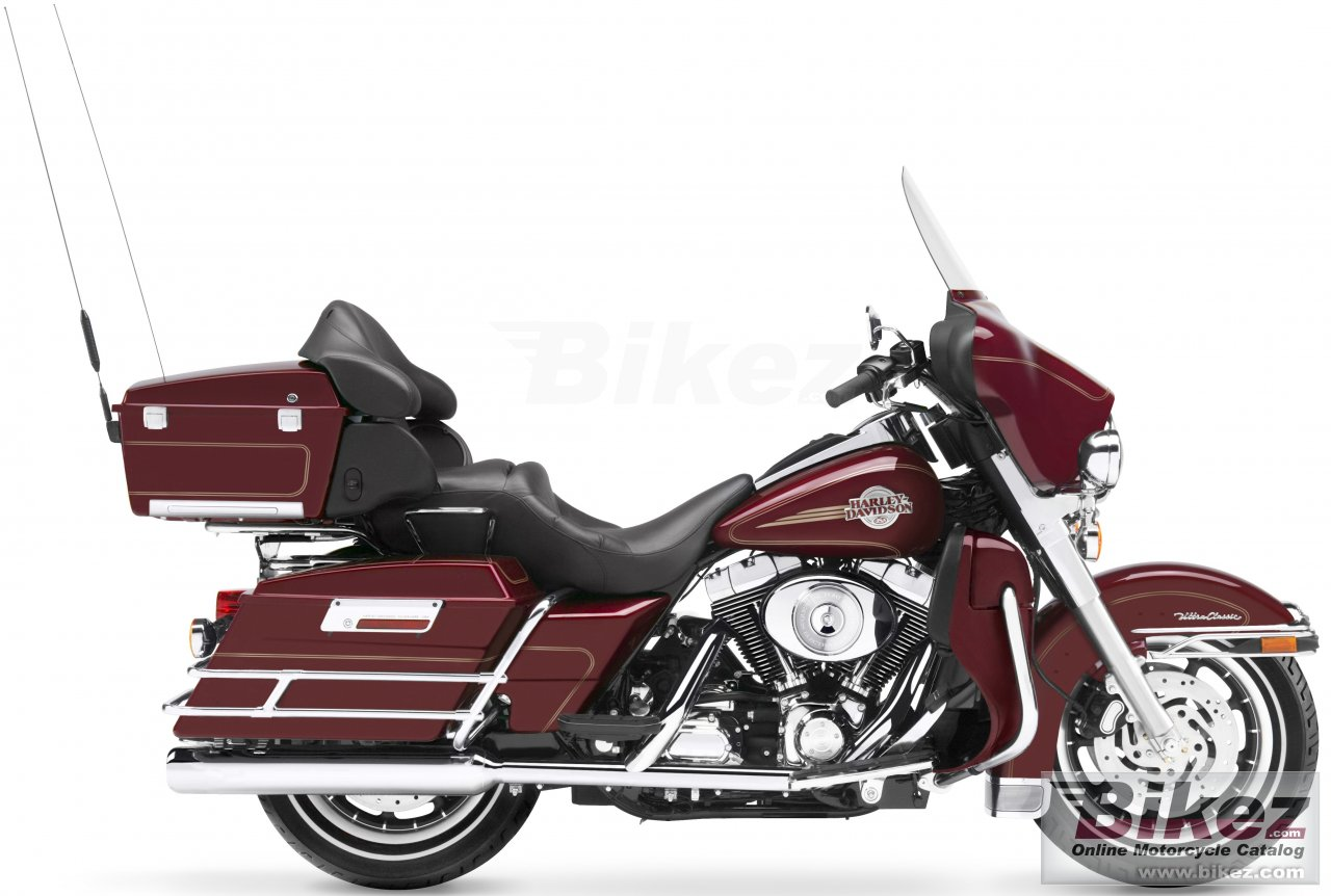 Big Harley-Davidson flhtcui utra classic electra glide picture and wallpaper from Bikez.com