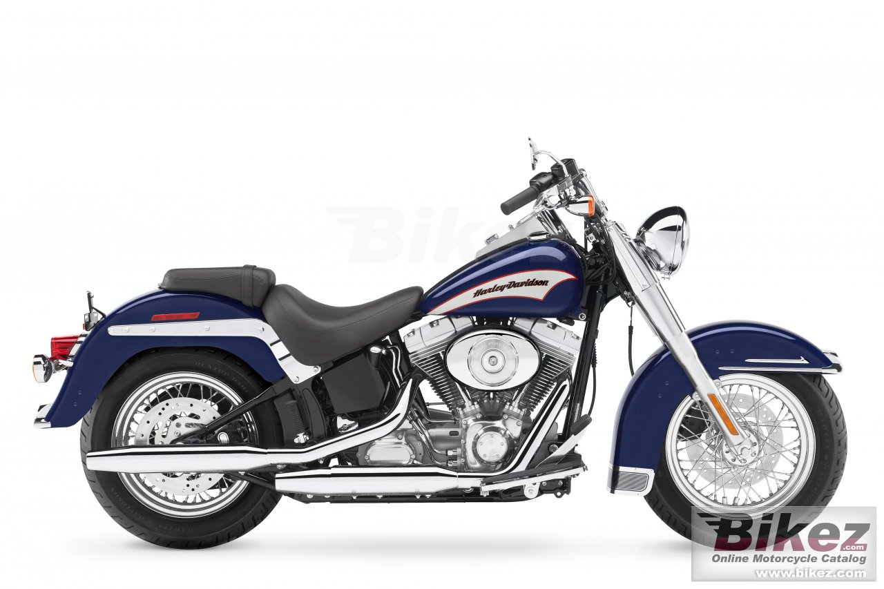 Big Harley-Davidson flst heritage softail picture and wallpaper from Bikez.com