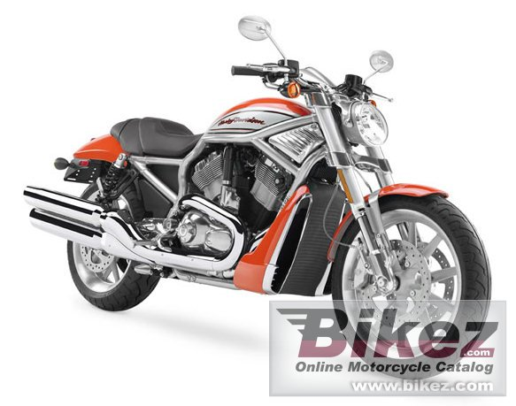 Big Harley-Davidson vrscr street rod picture and wallpaper from Bikez.com