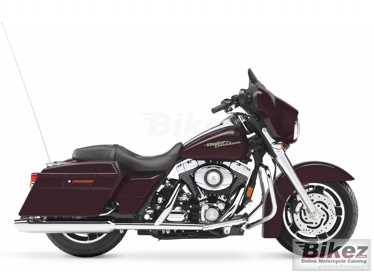 Big Harley-Davidson flhx street glide picture and wallpaper from Bikez.com
